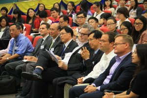 Journalism practitioners, educators and students attended the forum. Photo: Song Cheng